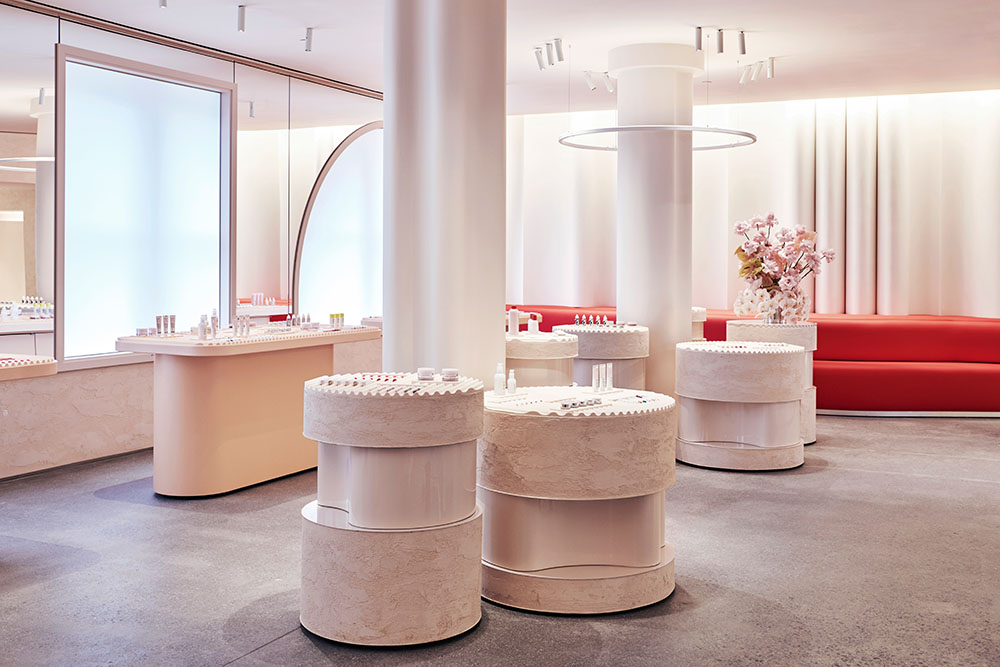 Glossier_Flagship_Showroom
